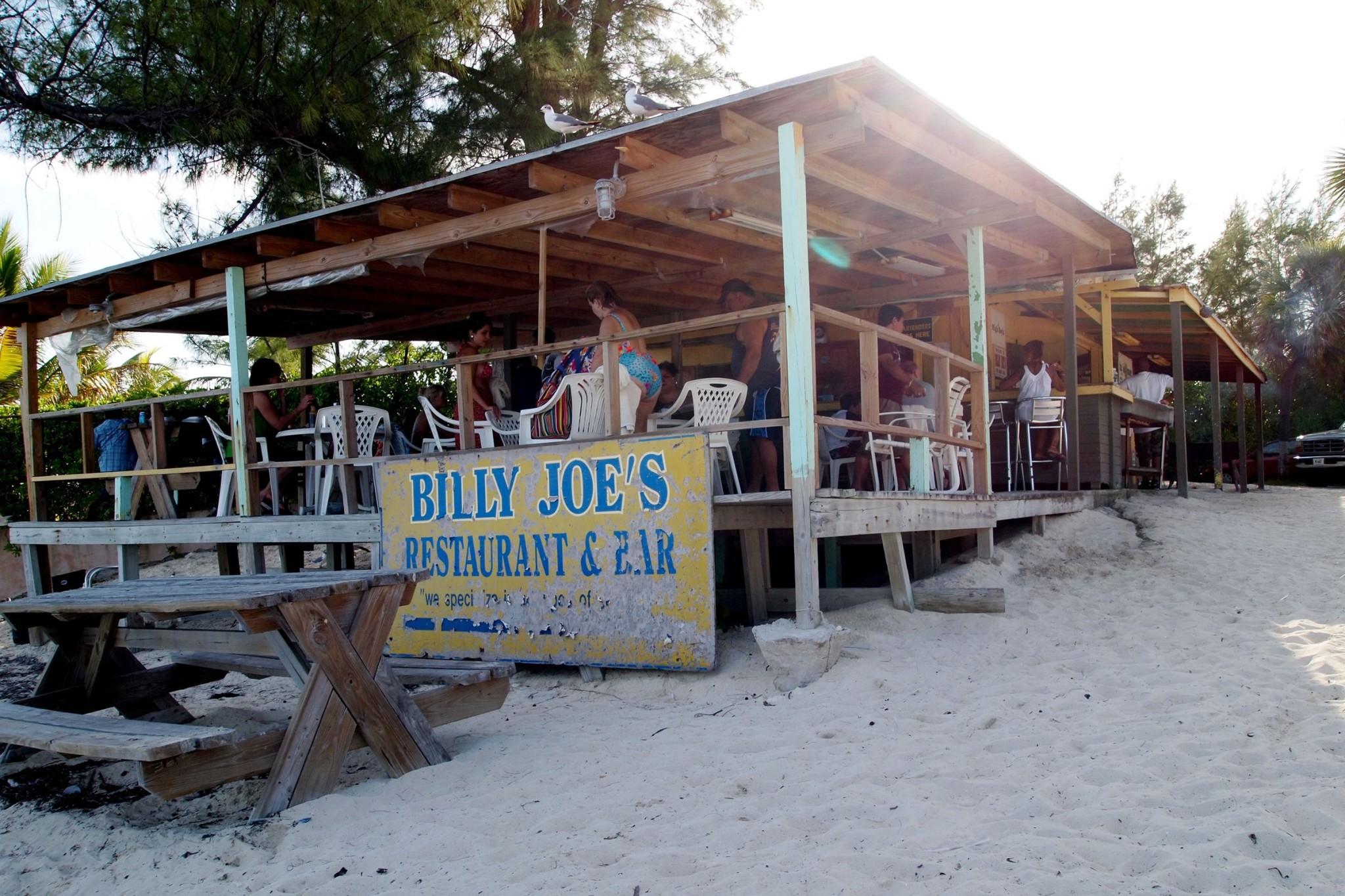 On-Site Grand Bahama: Billy Joe's Beach Bar