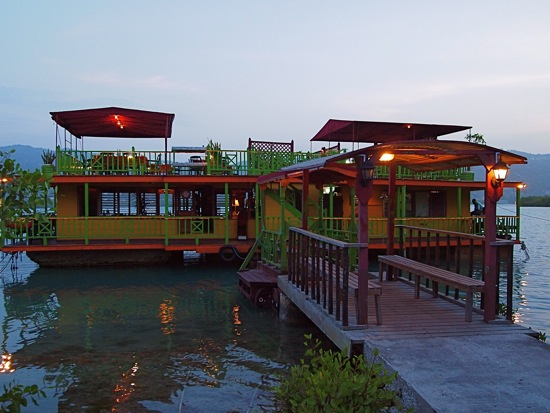 The HouseBoat in Montego Bay, Jamaica/SBPR