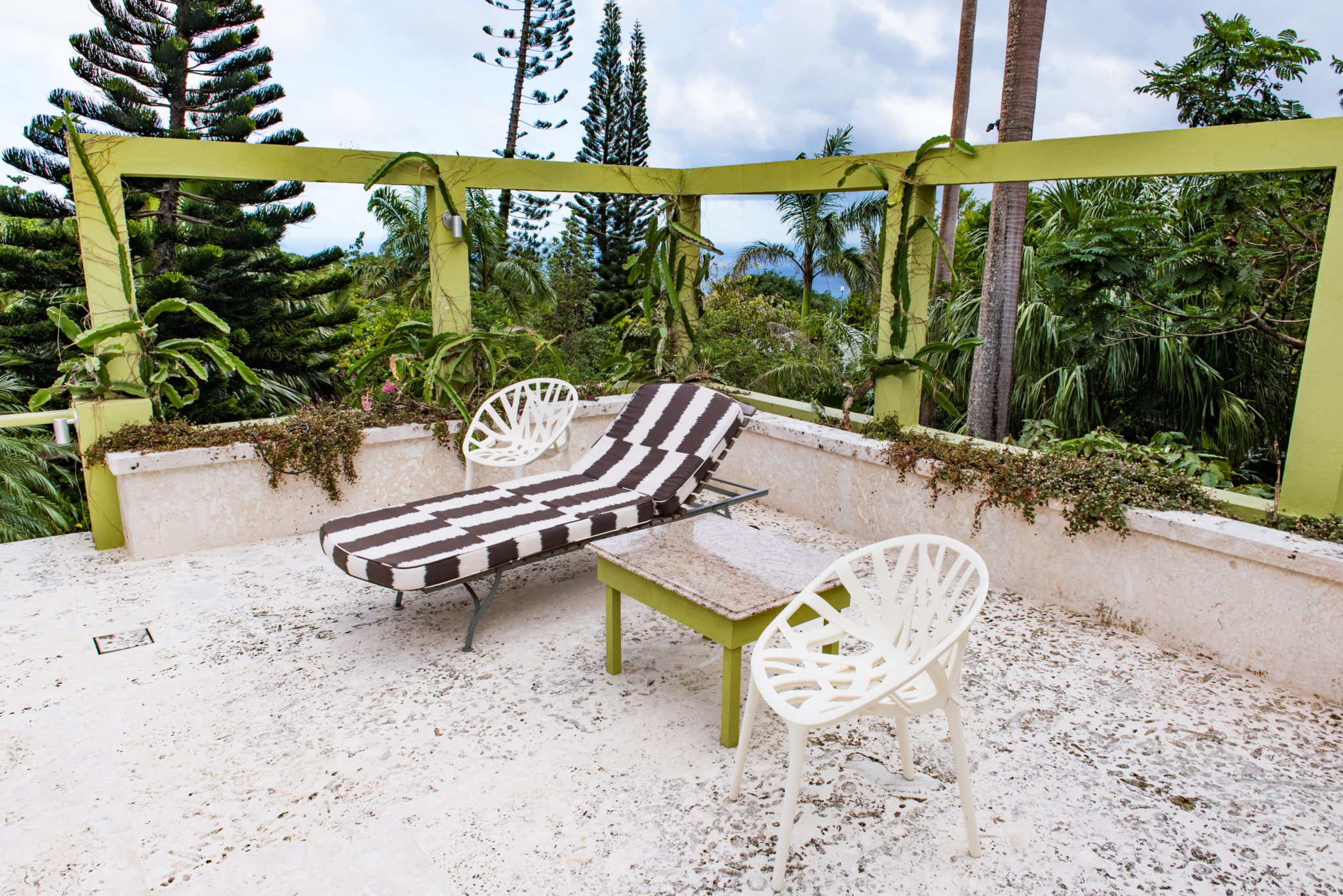 Golden Rock Inn Nevis: Soak In Romance and Natural Seclusion
