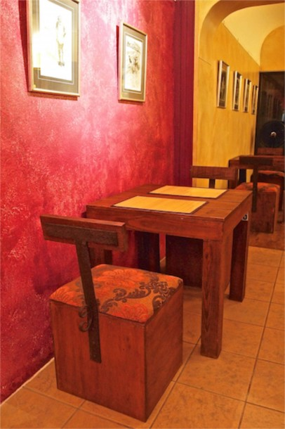 Pasta Gallery Seating