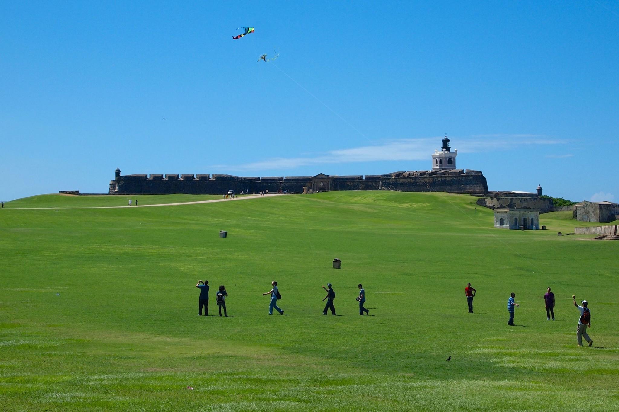 Kite-Flying Fun on El Morro Esplanade: Photo of the Day