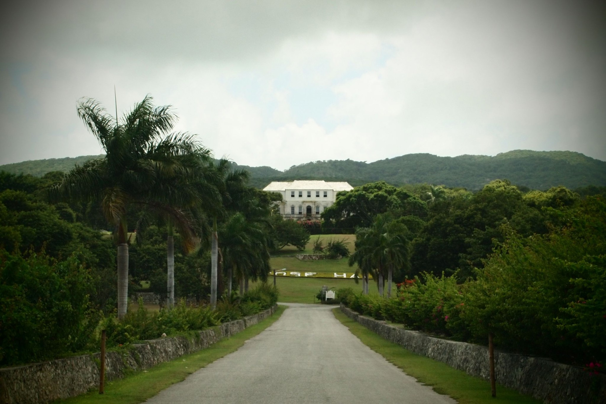 Missing Out on the Ghosts and Spirits at Rose Hall Great House, Jamaica: Uncommon Envy
