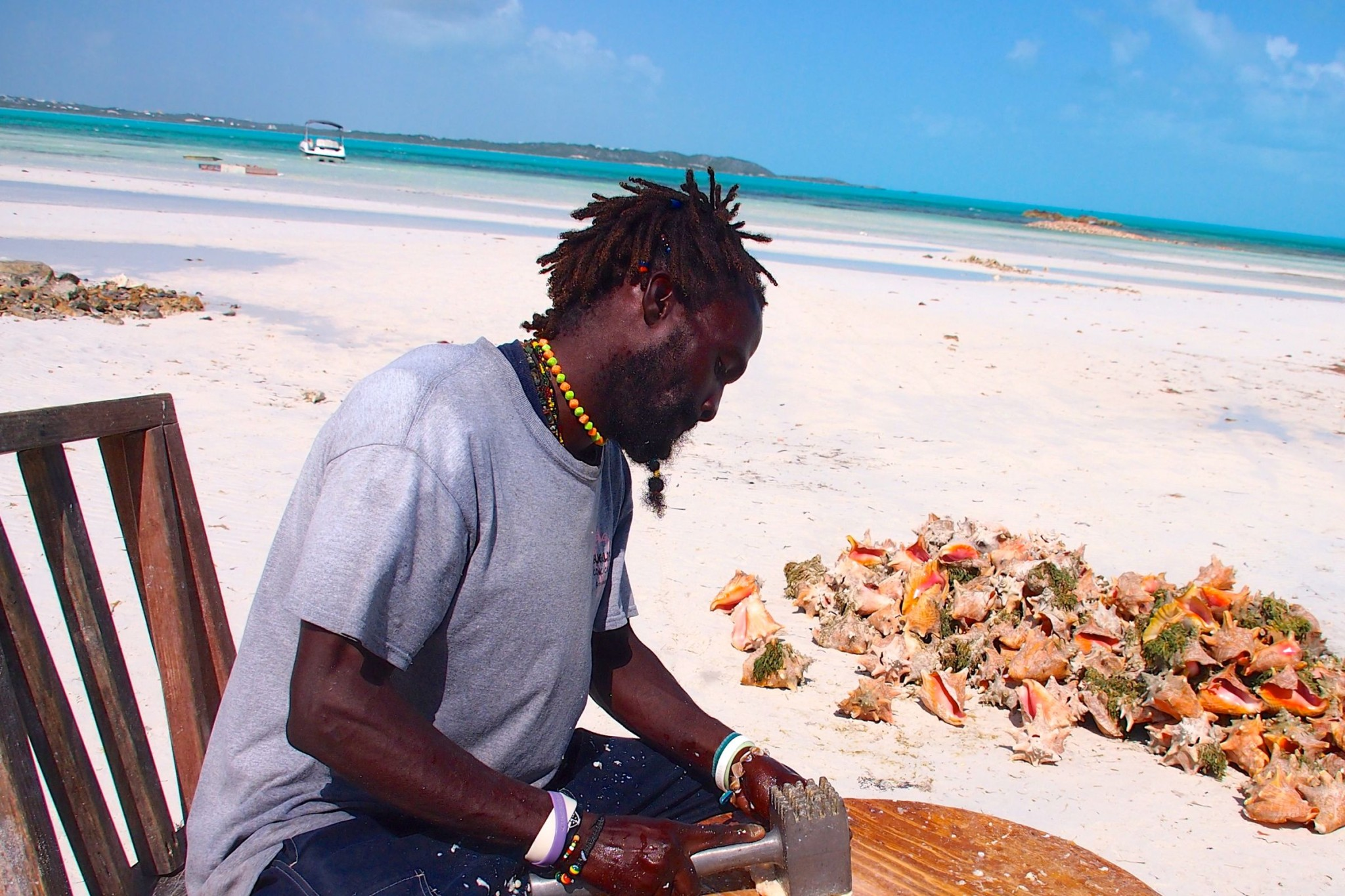 Cheers to the Conch Man: Photo of the Day