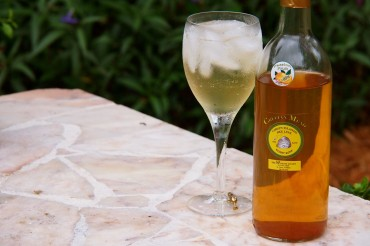 Crucian Honey Mead Mimosa | SBPR