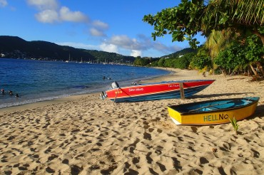 Boats on the beach in Bequia | SBPR