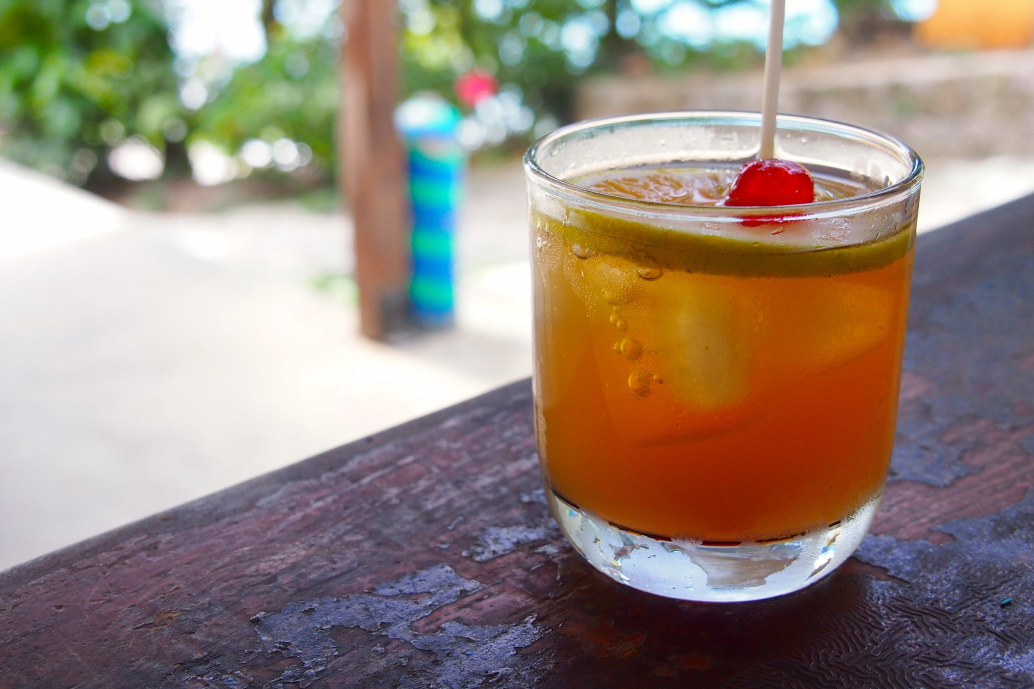 Champagne Reef Happy Juice Rum Punch – A Sinfully Sour Taste of Dominica