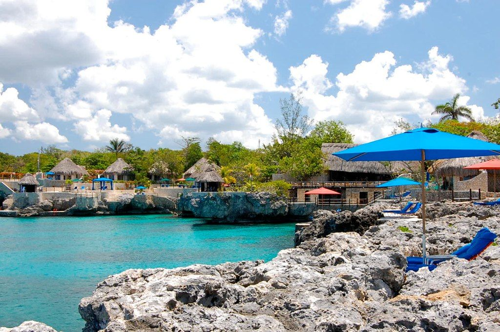 Ridiculously Cool Rockhouse Jamaica: Uncommon Envy