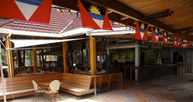 Inside a mostly empty Castaways on a mid-Summer Sunday morning in Antigua | SBPR
