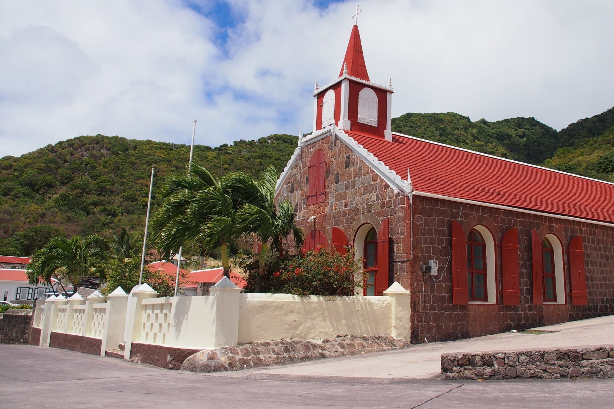 Saba Churches Offer Sublime Uncommon Photo-Op