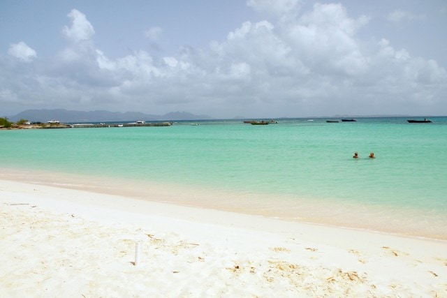 Beach love, Anguilla | SBPR