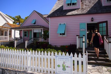 Hummingbird Cottage Art Gallery in Hope Town on Elbow Cay, The Bahamas | SBPR