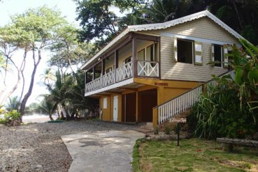 Cottage by the sea at Rosalie Bay, Dominica   SBPR