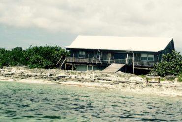Old School Fishing Lodge at Deep Water Cay, The Bahamas   SBPR