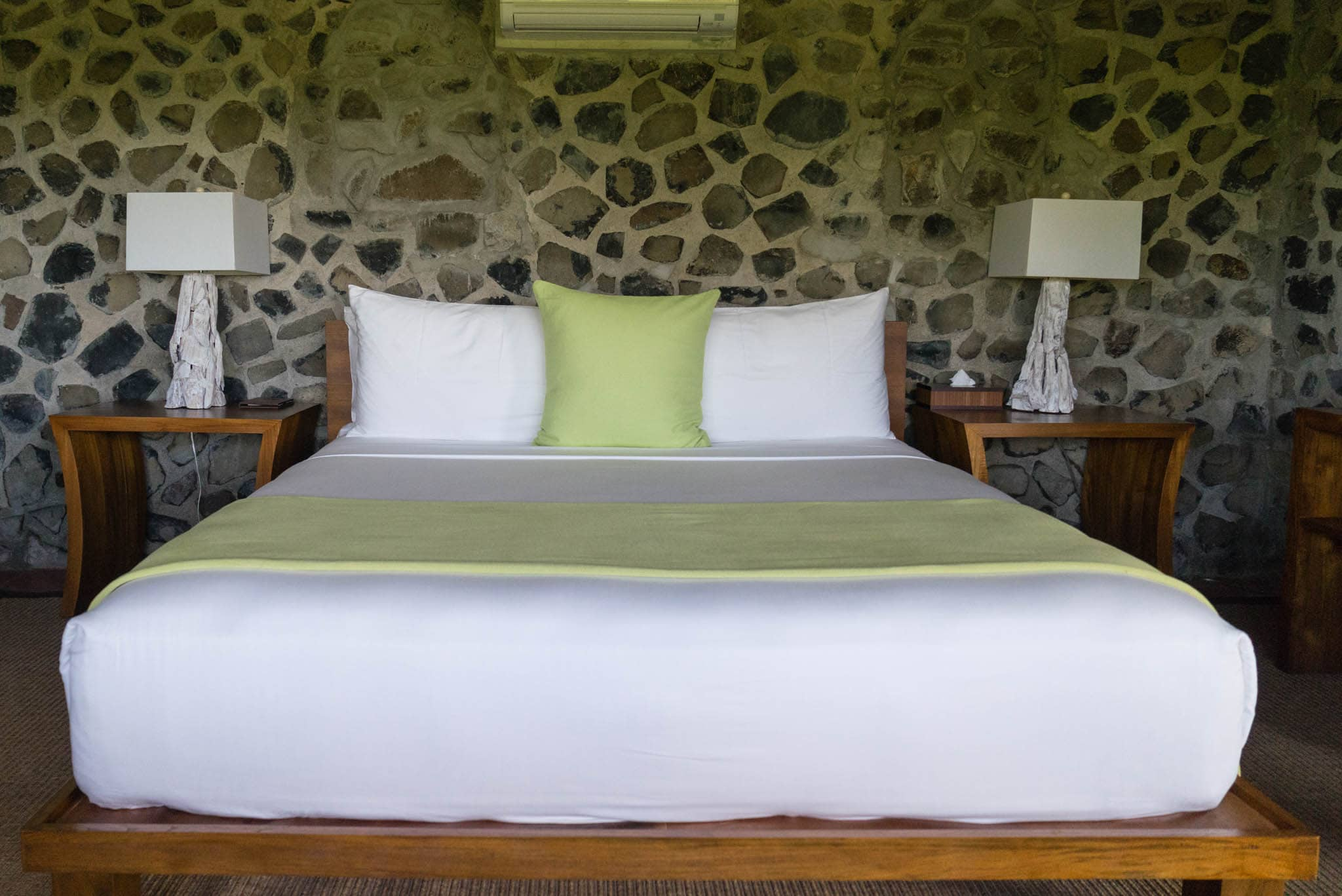 Were it not for the pools and beaches and snorkeling and sailing and dining, it'd be difficult to get out of this bed.