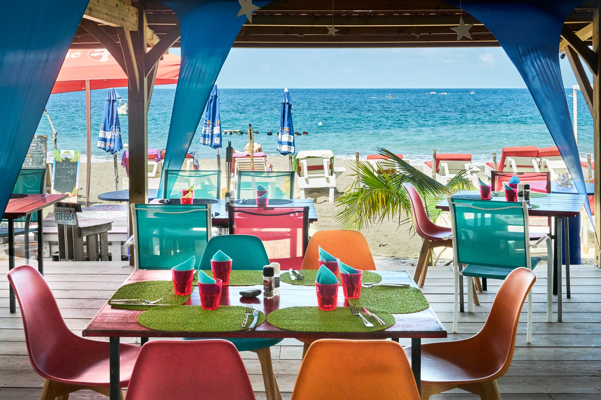 3 Good Reasons Why You Should Make a Break for the Beach Bars in Martinique This Spring