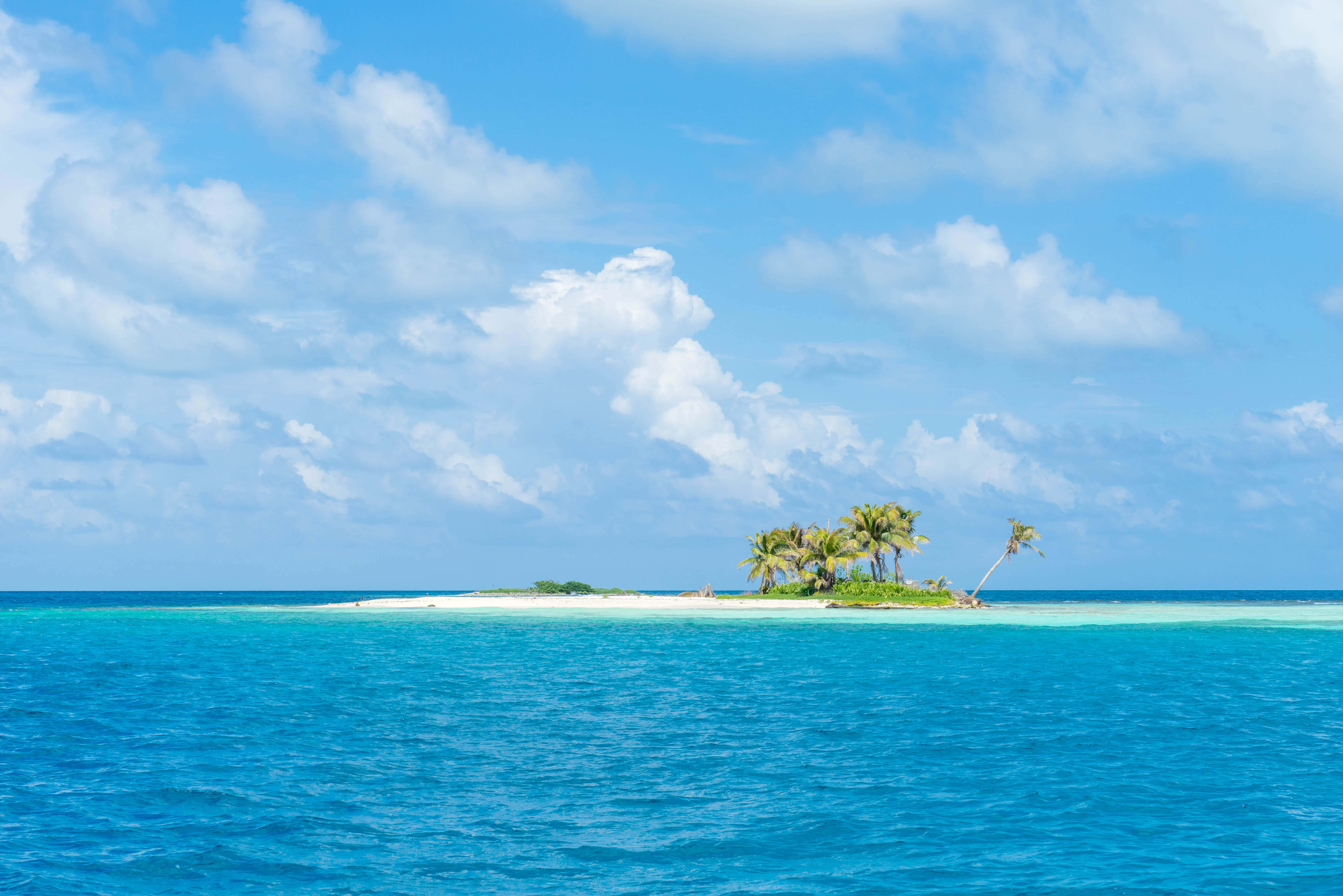 Photo Of The Day Beaches Of The Silk Cayes Belize