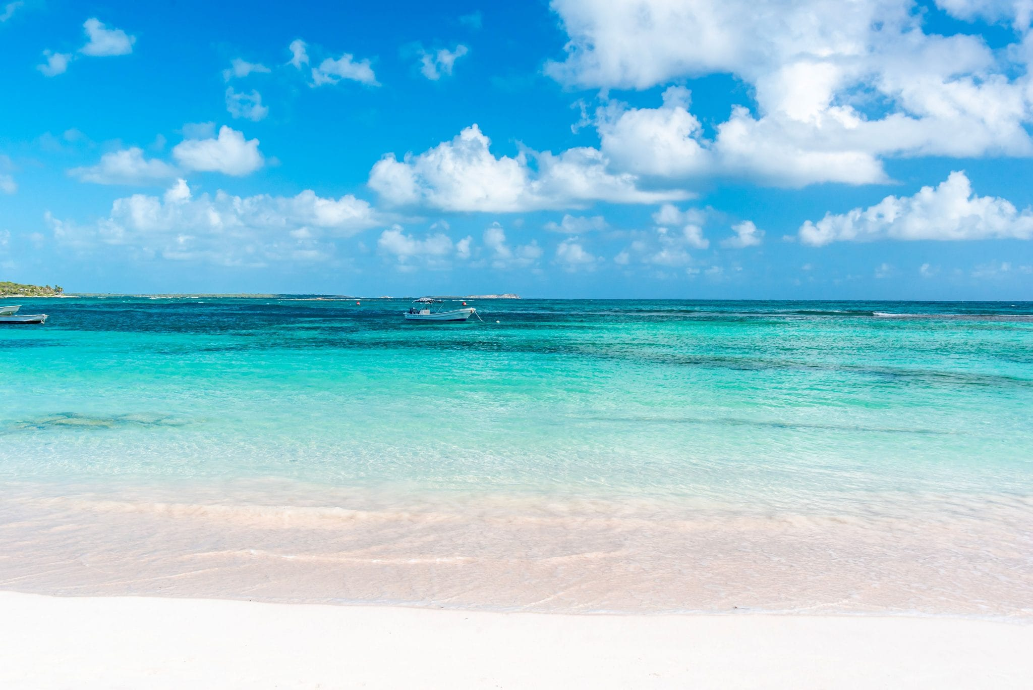 Antigua Beaches – Can You Handle This Embarrassment of Riches?
