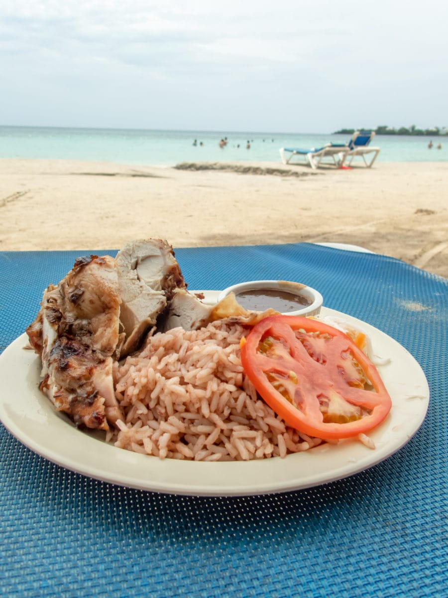 Great eats on the beach at Sunset At The Palms, Negril | SBPR
